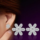 Sterling silver fashion  flower crystal ladies  stud earrings