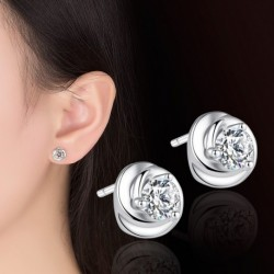 Sterling silver fashion shiny crystal flower ladies stud earrings