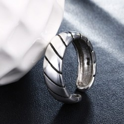 Hot sell fashion vintage style men ring thai silver 925