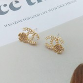 Korean fashion cobble C Small wild Earrings