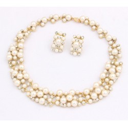 Fashion Pearl Jewelry Set With Necklace & Earrings