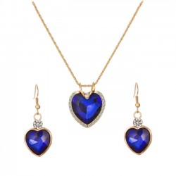 heart-shaped jewelry set
