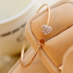 Korean Fashion Women Delicate Simple Heart Bracelet